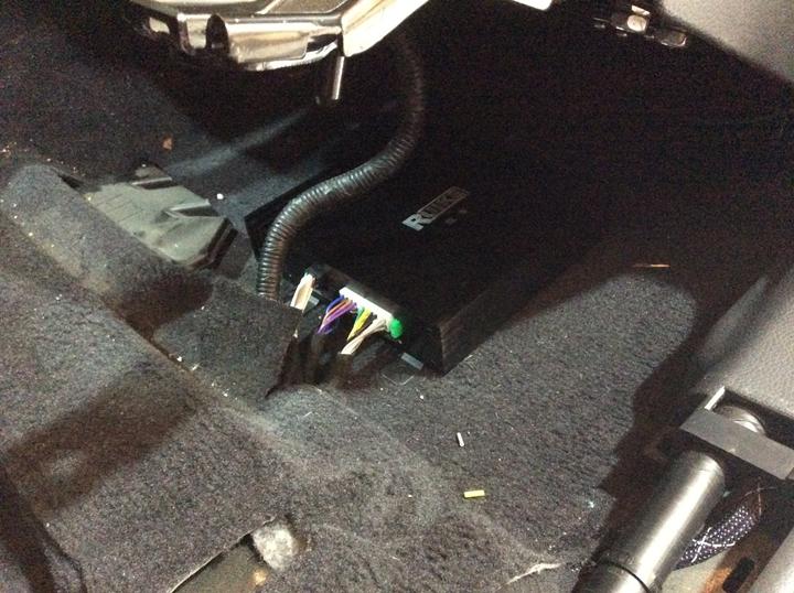 无锡泰源汽车音响 现代胜达升级锐客dsp数码功放处理器
